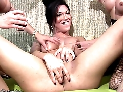 Chicks with dicks sit tight asses on hard cocks in foursome