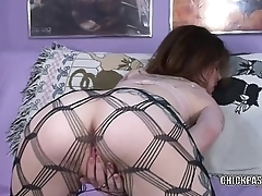 Tattooed hottie Indigo Augustine is playing with her pussy