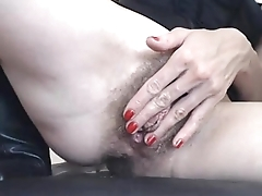 emma hairy squirt