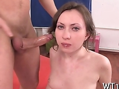 Hothead sexy chick rides dick