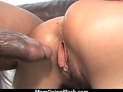 Adhering a sexy milf descending interracial 2