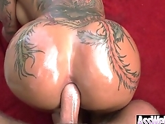 Anal Bang On Cam With Big Ass Oiled Girl (bella bellz) movie-06