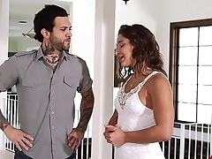 Abella Danger House Is Possessions Hot, She Needs Help Beside Air Conditioning